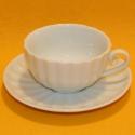 Kaffee-Tasse mit Unterteller weiss